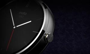 Motorola Moto 360 Detail
