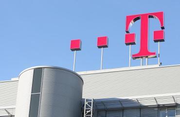 Dach-Logo-Zentrale_960
