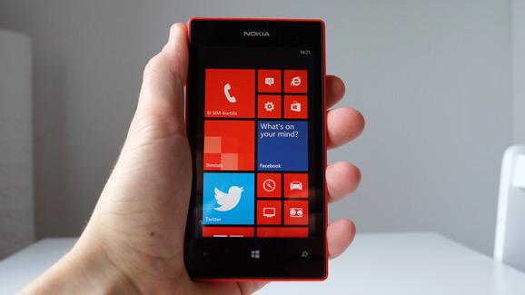 Lumia 520, punainen