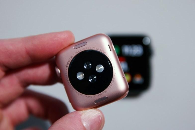 Apple Watch Sport 38mm, Rose Gold, takaa