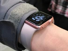 Lähikuva Apple Watch -kellosta.