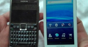 Sony Ericsson X10 next to Nokia N71 Photo: Michael Kwan