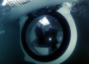 ego-semi-submarine-boat-4