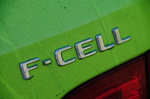 049-mercedes-f-cell-world-tour