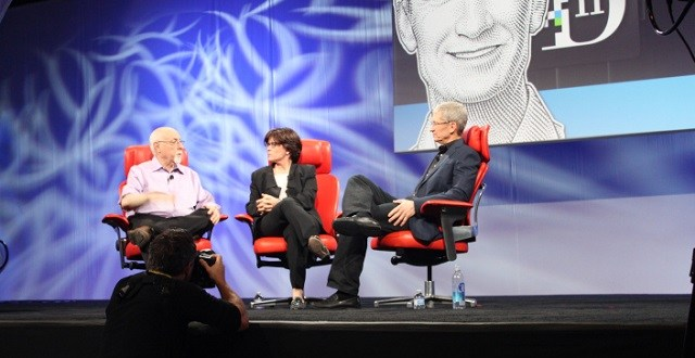 Tim-Cook-on-Google-Glass