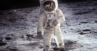"NASA file image shows Buzz Aldrin on the moon next to the Lunar Module Eagle...This NASA file image shows Apollo 11 U.S. astronaut Buzz Aldrin standing on the Moon, next to the Lunar Module ""Eagle"" (R), July 20, 1969. Apollo 11 was launched forty years ago today on July 16, 1969, and carried astronauts Neil Armstrong, who was the Mission Commander and the first man to step on the Moon, Aldrin, who was the Lunar Module Pilot, and Michael Collins, who was the Command Module pilot. Armstrong took this photograph.    REUTERS/Neil Armstrong-NASA/Handout    (UNITED STATES ANNIVERSARY SCI TECH IMAGES OF THE DAY) FOR EDITORIAL USE ONLY. NOT FOR SALE FOR MARKETING OR ADVERTISING CAMPAIGNS"