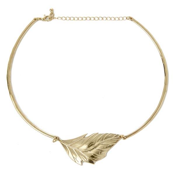 Collar: 3 euros