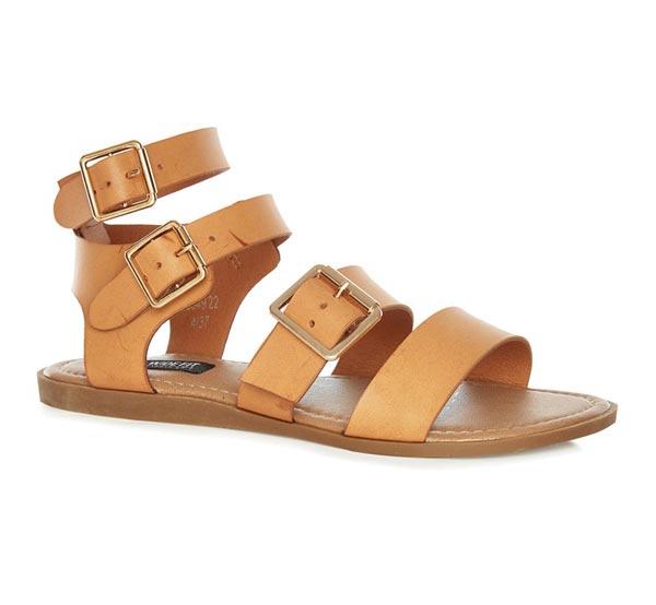 Sandalias: 12 euros