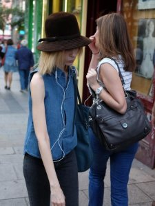 sombrero.blusa.vaquera_soyT
