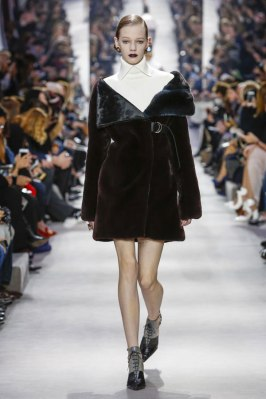 Dior-desfile-(20)