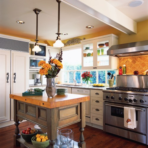Relieving This Kitchen Mixes Typical Country Style Country Style House Interior Photos Country Style House Interiors Appliances This Kitchen Mixes Typical Country Style