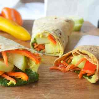 Avocado Ranch Hummus Veggie Wraps by Modern Honey l www.modernhoney.com