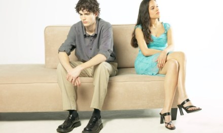 5 Signs That Your Girlfriend Isn't The One