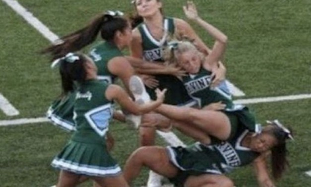12 Cheerleaders Who Should Probably Quit The Squad [Photos]