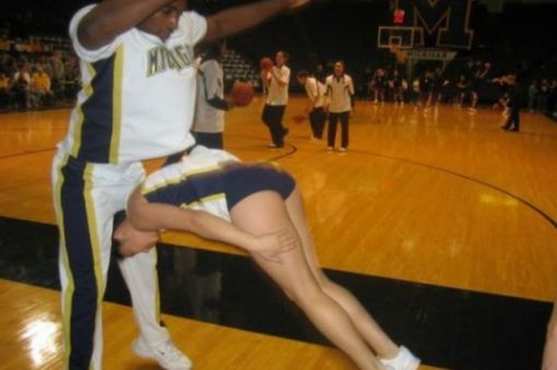 17 Cheerleaders Who Should Probably Quit