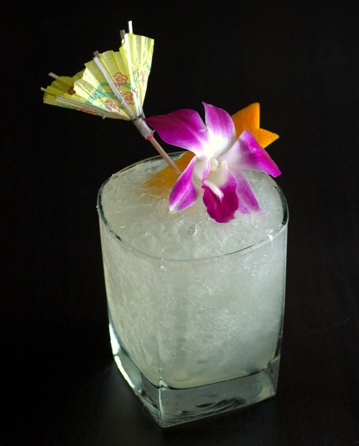 Volta do Mar, a gin-based riff on the Tradewinds tiki drink!