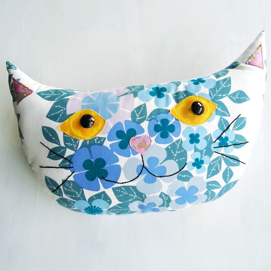 modflowers: finished cat cushion featured in Love Sunday magazine