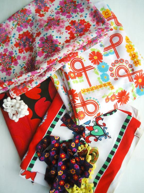 modflowers: vintage fabrics and trims