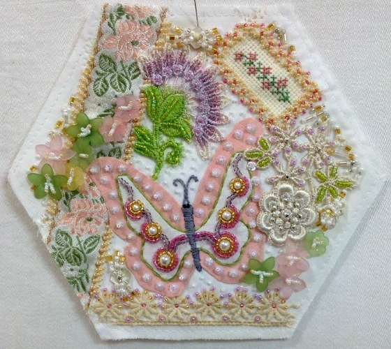modflowers: hexie quilt block finished