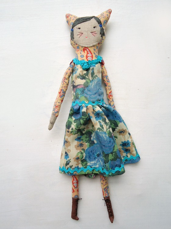 vintage Liberty fabric dolls by modflowers