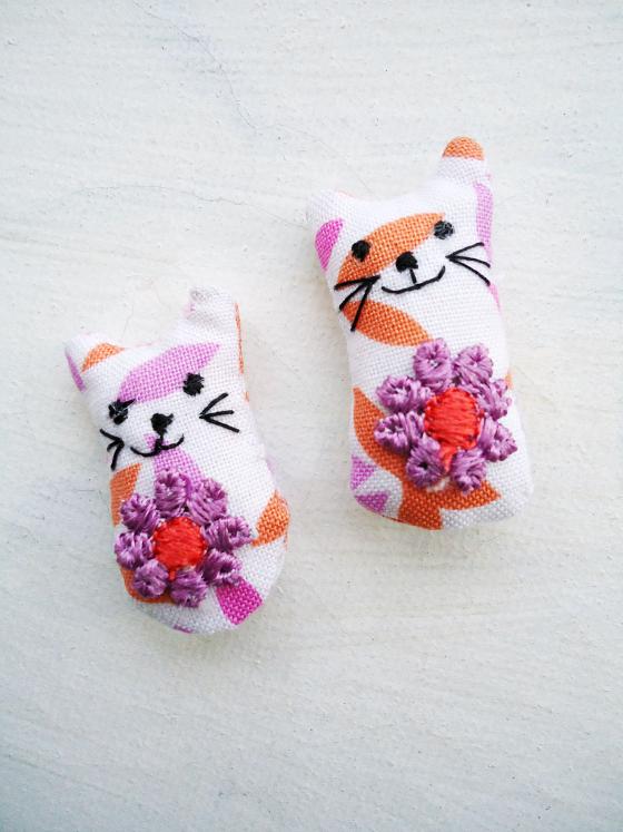 modflowers: twins - cats