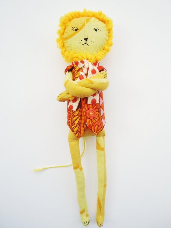 modflowers: Dandy Lion doll