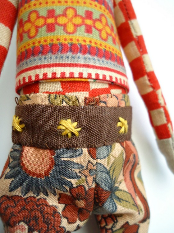 modflowers: liberty doll with embroidered belt