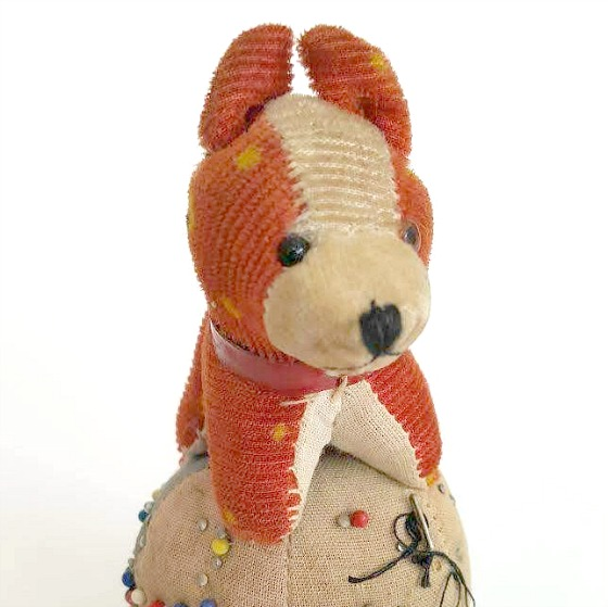 modflowers: pining for pincushion - vintage dog on ball pincushion