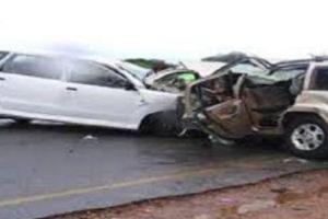 وفاة شخصين وإصابة آخرين في حادث تصادم على طريق محايل بعسير