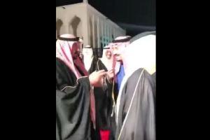 بالفيديو … فيصل بن شريم يمازح خادم الحرمين وملك البحرين