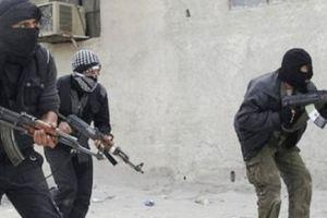 القبض على 4 متورطين بعمليات سطو مسلح على المارة بالرياض