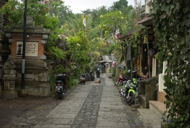 Jalan-Kajeng-Ubud1-1024x685