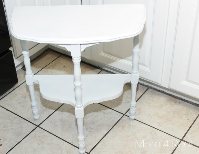 Paint a Chevron Side Table Step 1