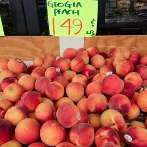 Easy Peach Cobbler Recipe Made with Fresh Peaches