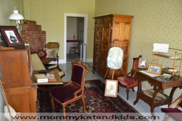 medora's study in chateau de mores