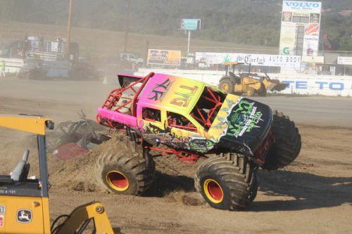 monster truck tour 4