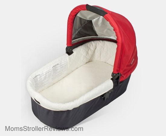 uppababy vista stroller review mom 39 s stroller reviews. Black Bedroom Furniture Sets. Home Design Ideas