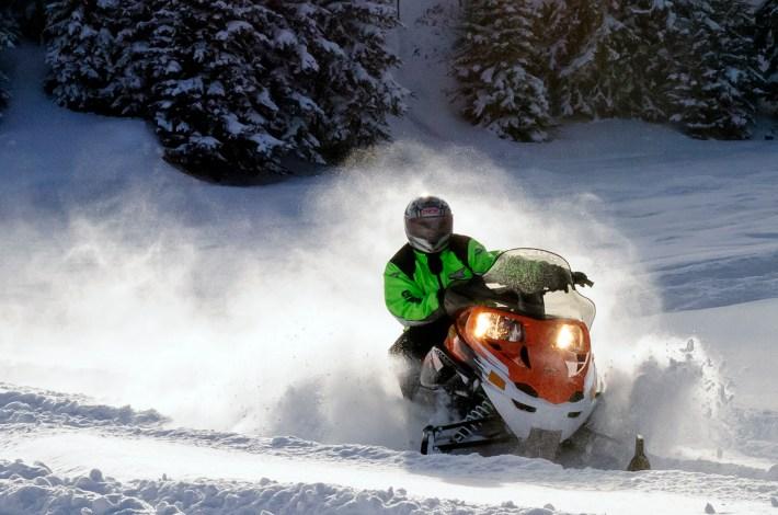 Snowmobiling00245 south dakota