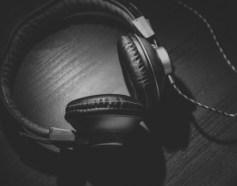 moneymagpie_make-money-by-listening-to-music_listen-to-music