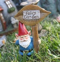 Dining Fairy Enchanted Gnome Garden Build An Enchanted Garden Fairy Garden Ideas Money Pit Miniature Gnome Garden Ideas