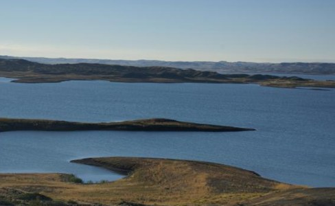 1223_02_8---Fort-Peck-Dam-Lake--Montana--USA_web