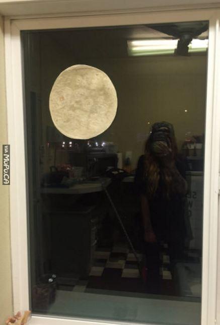 moon-looks-beatiful