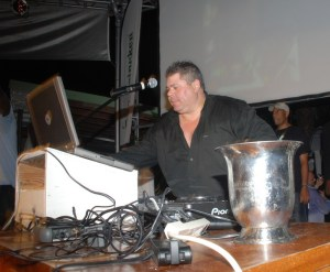DJ Nachum Frank spins at the Green Synergy Music Awards finale!