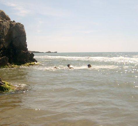 la-fille-de-la-plage-mer-2