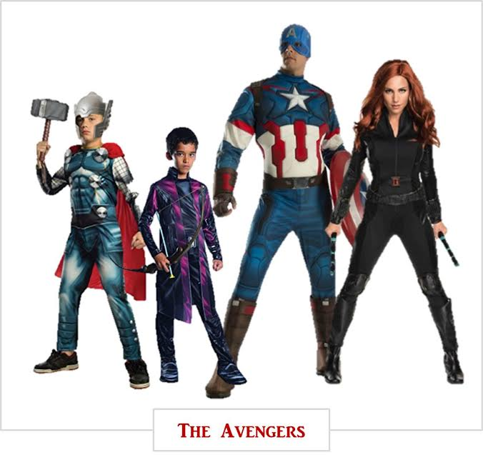 Super hero Halloween-costumes ideas for family photos