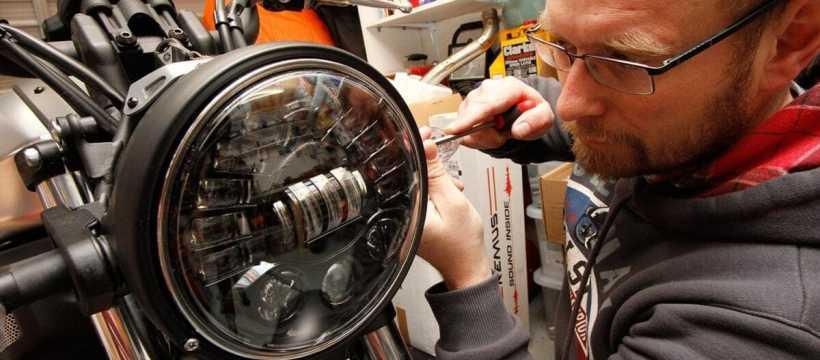 xsr700-yard-built-headlight_001