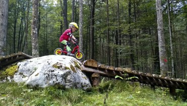 Over the rock | BikeArenaObertraun