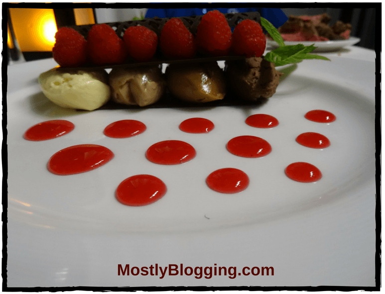 #Bloggers can network at the Meet and Greet