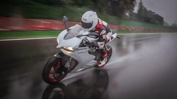 Flat out on the 899 in Imola, Italy