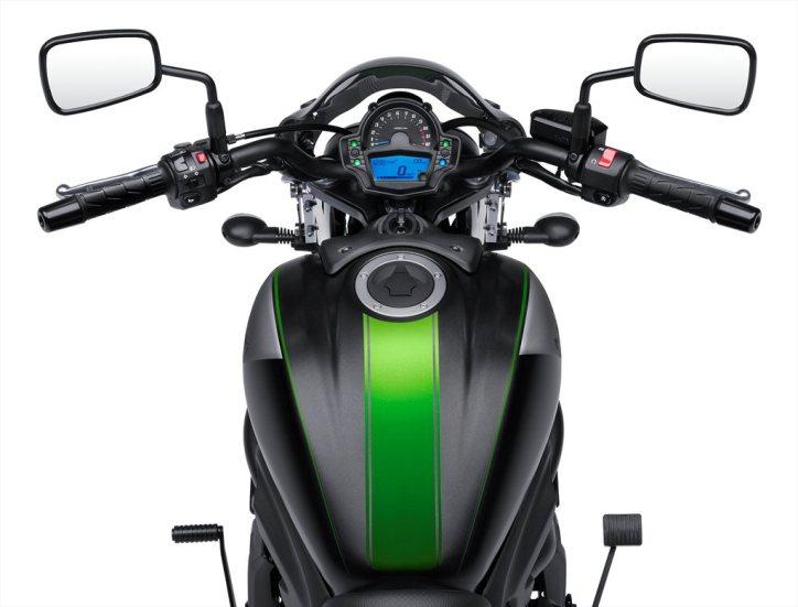 16_EN650B_GRY_Rider POV